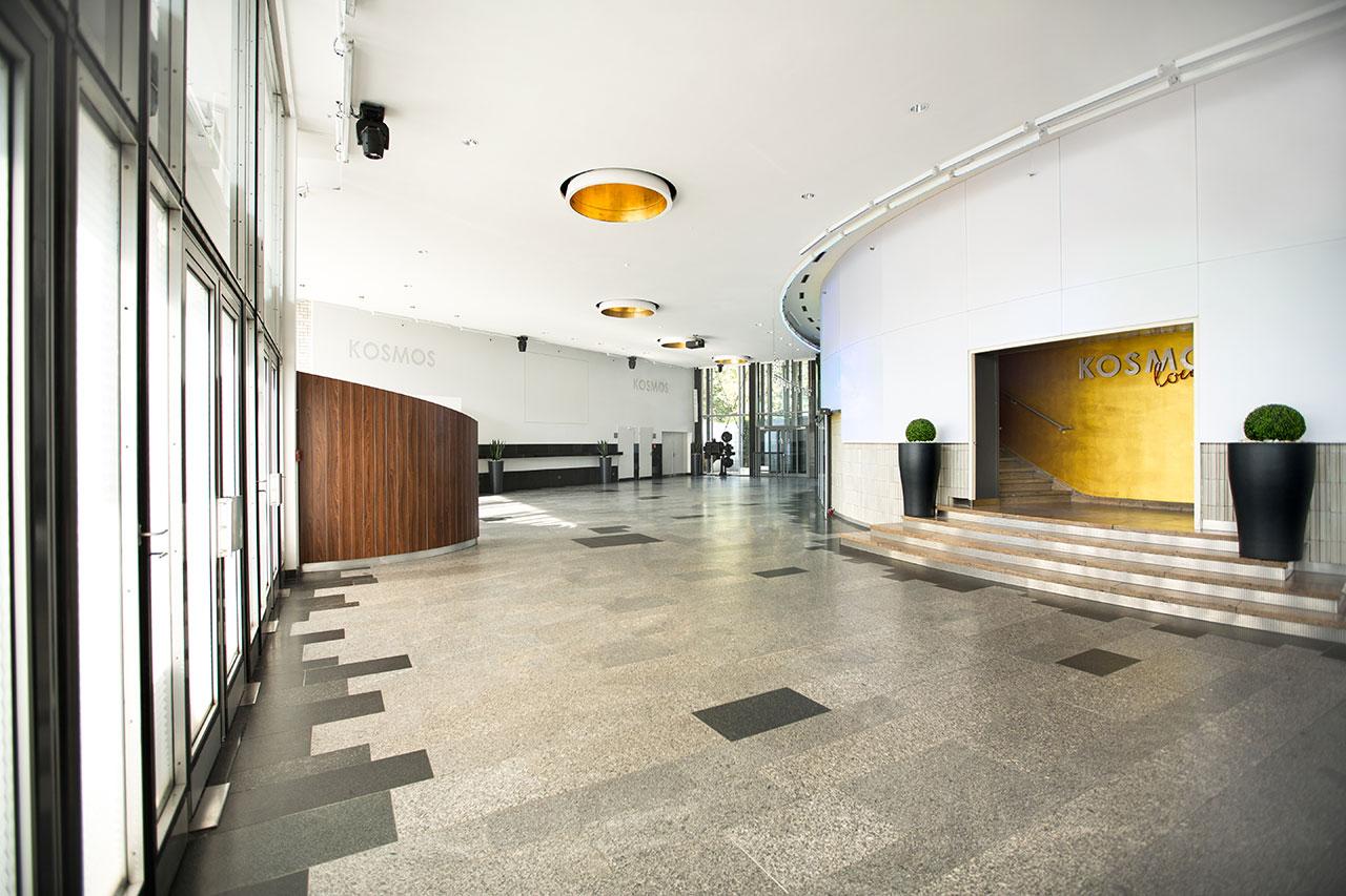 foyer-eingang-re